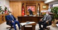 """Vali Gürel'den Safranbolu Kaymakamı Türköz'e """"Hayırlı Olsun"""" ziyareti"""